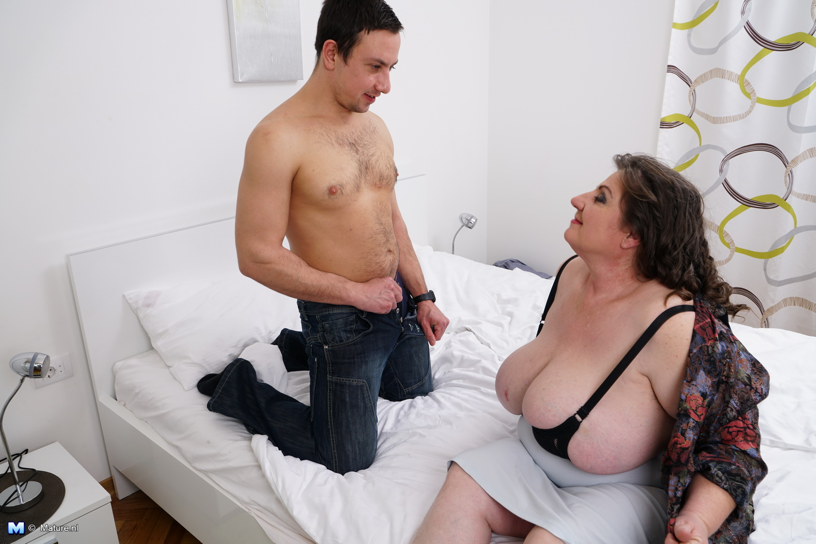 chubby mature suck and fuck