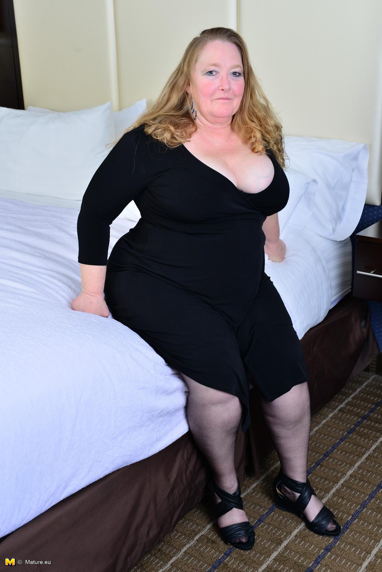 Mature Latina Huge Tits