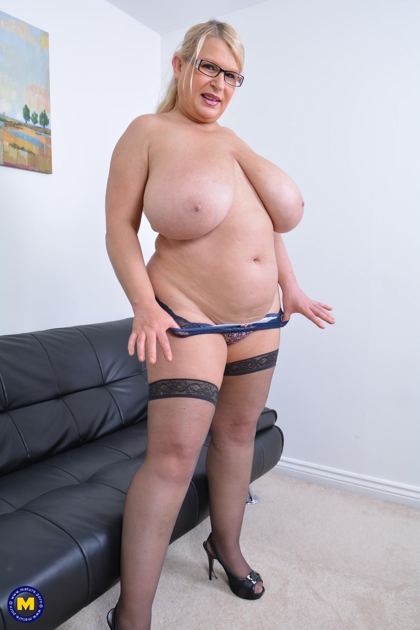 Big boob knockers