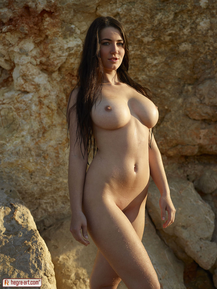 Art big fine breast nude